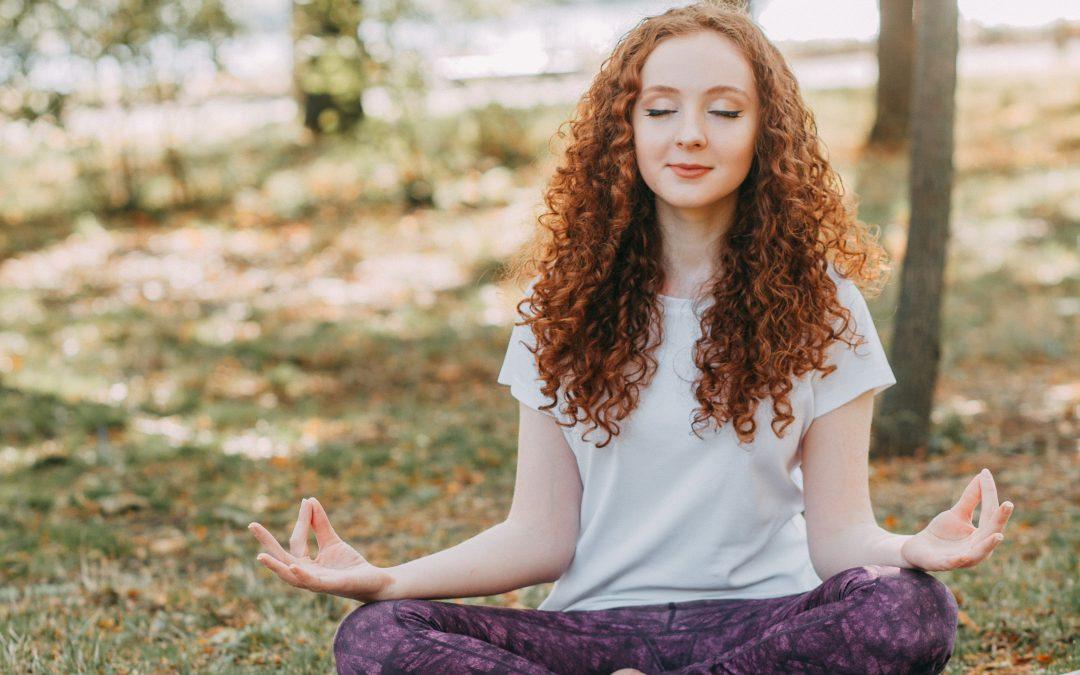 Mountain Zen: 5 Reasons to Book a Weekend Yoga Retreat